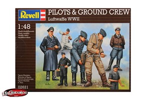 WWII Pilots and Ground Crew (02621)