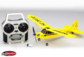 Minium Piper J-3 Yellow